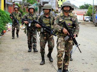 मानसिक तणावामुळे प्रतिवर्षी १०० सैनिक आत्महत्या करतात ! – केंद्र सरकार