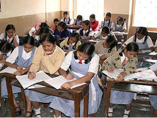 गोव्यातील आणखी तीन इंग्रजी प्राथमिक शाळा मातृभाषेचे माध्यम निवडणार